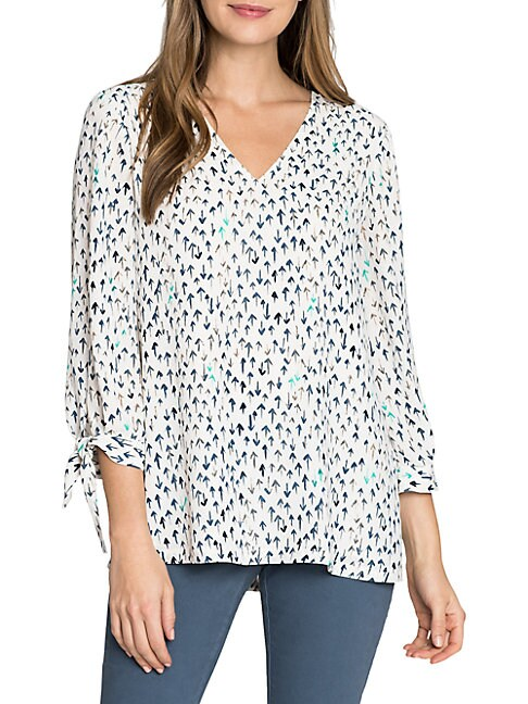 Nic + Zoe ARROW-PRINT V-NECK TOP