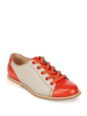 Bill Blass  Leather Casual Low Top Sneakers