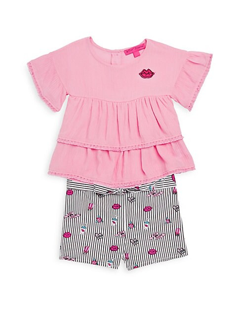 LITTLE GIRL'S TWO-PIECE RUFFLED TOP AND PRINTED SHORTS SET
