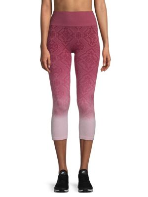 ELECTRIC YOGA Ombre Jacquard Capri Leggings in Burgundy