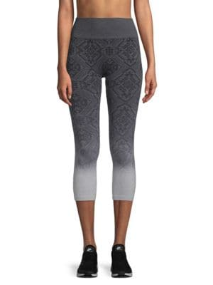 ELECTRIC YOGA Ombre Jacquard Capri Leggings in Charcoal
