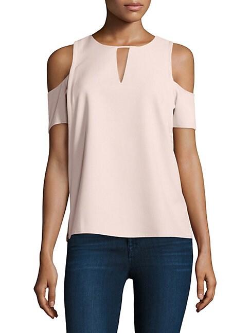 COOPER & ELLA Catarina Cold-Shoulder Top in Pale Pink