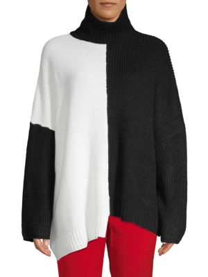 AVANTLOOK Two-Tone Oversized Turtleneck Sweater in Black White